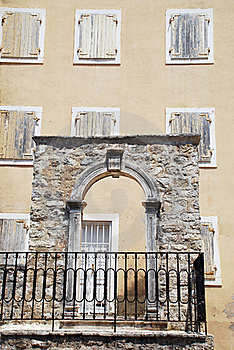 Stone Arc And Windows Stock Photos - Image: 16005993