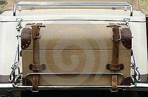 Εκλεκτής ποιότητας βαλίτσα Στοκ Φωτογραφίες - εικόνα: 16009933