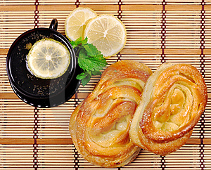 Sweet Buns, Lemon And Tea Royalty Free Stock Photography - Image: 16054117