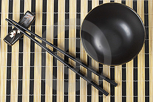 Bowl And Chopsticks Royalty Free Stock Images - Image: 16090519