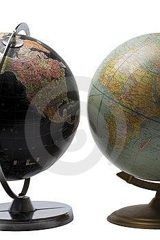 Opposite globe