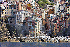 Breakwater, Vernazza, Italy Royalty Free Stock Image - Image: 16113656