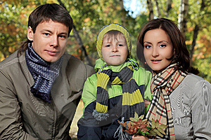 Happy Family Royalty Free Stock Images - Image: 16155509