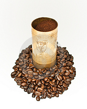 Coffee In Coffee-grinder Royalty Free Stock Photo - Image: 16188825