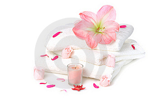 White Towels With Roses Stock Photography - Image: 16194442