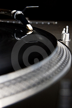 Turntable Playing Vinyl Audio Record Stock Image - Image: 16236951