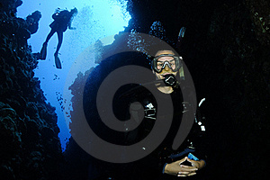 Scuba Divers On Coral Reef Stock Photos - Image: 16288573