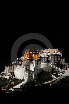 Night Scenes Of Potala Palace Royalty Free Stock Photos - Image: 16297258