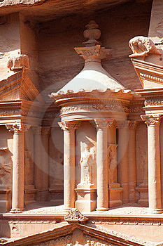 Detaiil Of Treasury (Al-Khazneh) In  Petra Royalty Free Stock Photos - Image: 16298868