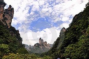 небо гор облака каньона вниз Стоковая Фотография RF - изображение: 16314987