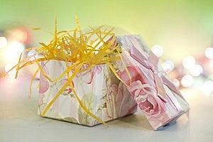 Gift Box Royalty Free Stock Images - Image: 16316149