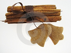 Gingerbreads & Cinnamon Royalty Free Stock Photography - Image: 1642837