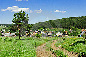 Russian Village Outskirts Royalty Free Stock Images - Image: 16404739