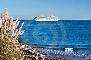 Cruise Ship Leaving Royalty Free Stock Photo - Image: 16430615