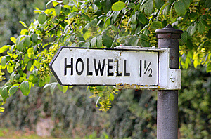 Sign Post To Holwell Stock Photo - Image: 16459700
