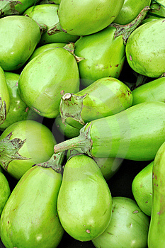 Raw Eggplant Royalty Free Stock Photos - Image: 16462508