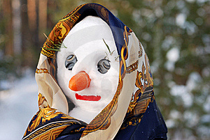 Snowwoman With Hat, Carrot Nose And Scarf Stock Photography - Image: 16474342