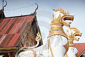 Animals In Mythology In Front Of Thai Temple Royalty Free Stock Images - Image: 16581159
