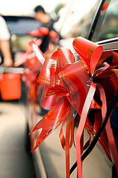 Arrangement On Wedding Car Stock Image - Image: 16586001