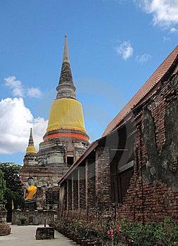 Wat Yai Chai Mongkol Temple , Ayuttaya Thailand Royalty Free Stock Image - Image: 16594376