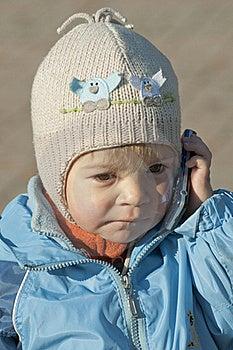 Girl Speaking The Phone Stock Image - Image: 16630521