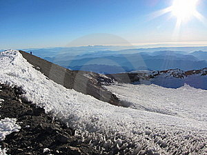 Crater At Mount Rainier Summit Stock Images - Image: 16645294