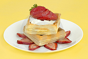 Belgian Strawberry Waffles Royalty Free Stock Image - Image: 16706806