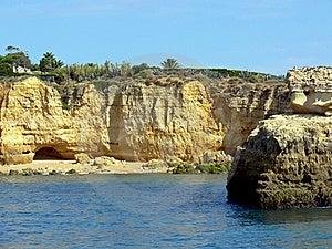 Rocky Seashore Royalty Free Stock Photography - Image: 16777127