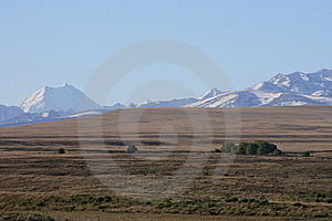 Mt Cook Over Dry Farmland Royalty Free Stock Images - Image: 16785689