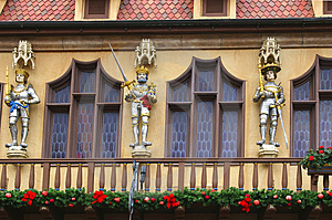 Architectural Details With Christmas Decoration Royalty Free Stock Photos - Image: 1683628