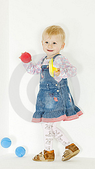 Standing Toddler Royalty Free Stock Photos - Image: 16806488