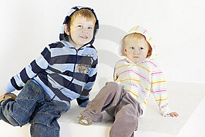 Broer Met Zuster Royalty-vrije Stock Foto's - Afbeelding: 16806508