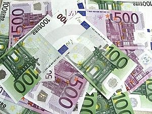 100 And 500 Euro Banknotes-2 Stock Photography - Image: 16809462