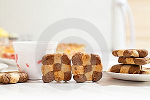 Сookies And Cup Of Hibiscus Tea Royalty Free Stock Photos - Image: 16815448