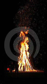 Wood Fire Royalty Free Stock Photos - Image: 16833098