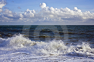 Storm Waves Stock Image - Image: 16846381