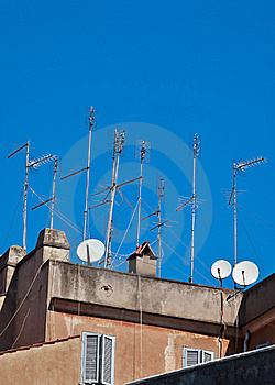 Television Aerials And Satellite Dishes Stock Photo - Image: 16849570