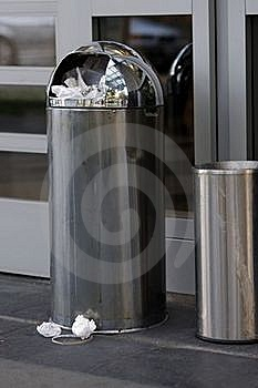 Garbage Can Royalty Free Stock Photography - Image: 16878657