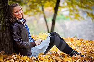 Girl In Autumn Park Royalty Free Stock Photo - Image: 16888925