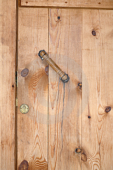 Closed Wooden Barn Door Stock Photo - Image: 16894890