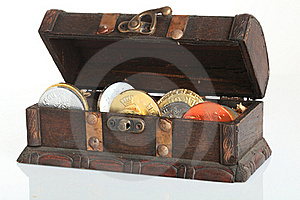Treasure Chest Stock Images - Image: 16904824