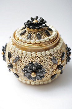 Handwork Pot Stock Photography - Image: 16959922