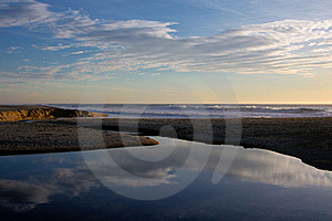 Pacific Ocean Shore Stock Image - Image: 16966741