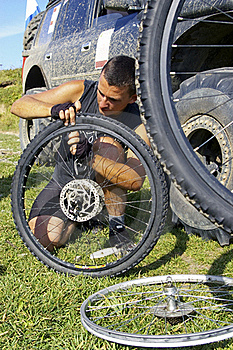 Repair  Bicycle Wheel Stock Photos - Image: 16987123
