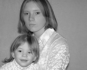 Teenage Mother / Sisters Free Stock Images