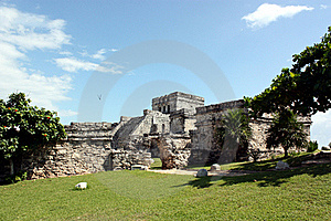 El Castillo Of Tulum Royalty Free Stock Images - Image: 17042639