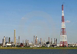 Chemical Plant Stock Photo - Image: 17072220
