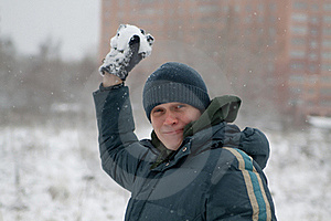 The Man Plays Snowballs Royalty Free Stock Images - Image: 17103649
