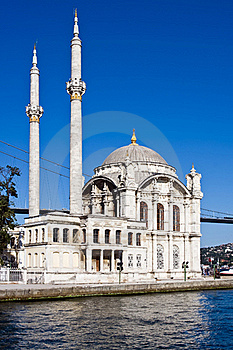 Ortakoy Mosque Royalty Free Stock Photo - Image: 17107945