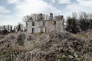 Old Abandoned Deserted Farmhouse Royalty Free Stock Photos - Image: 17109108